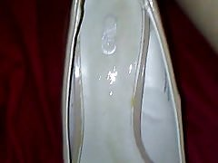 me cumming in friend's gfs heels
