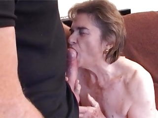 UK GRANNY ESCORT PORNSTAR SHEILA VOGEL-COUPE (ANTHEA) FUCKS.