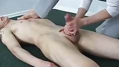 Mature gives frantic handjob