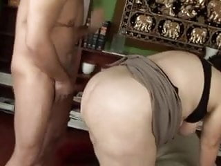 Chubby mature fucks and cums her friend