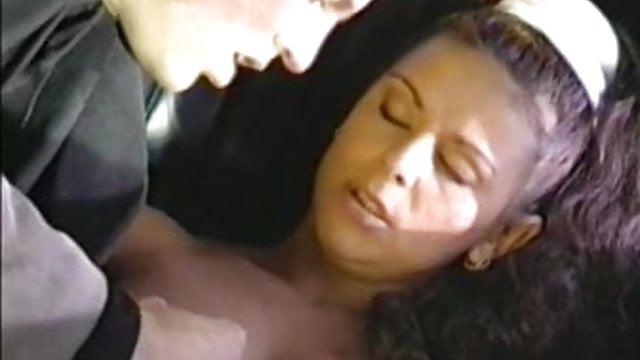 www Lataa lesbo seksiä com
