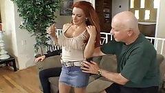 Red head freak Shannon Kelly 's Thumb