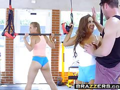 Brazzers - Big Tits In Sports - Abigail Mac Nicole Aniston a