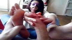 Milking a juicy cock on my soles