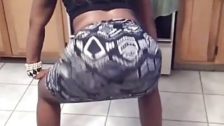 Big Booty Mom Twerking