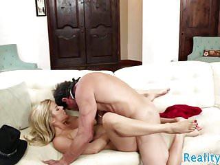 Seductive milf screwed by her lover