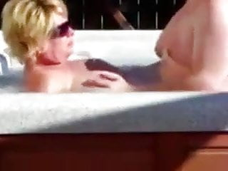 Download video bokep Splish splash Mp4 terbaru