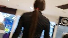 Incredible ass in yoga pants in Bogota (part 2)