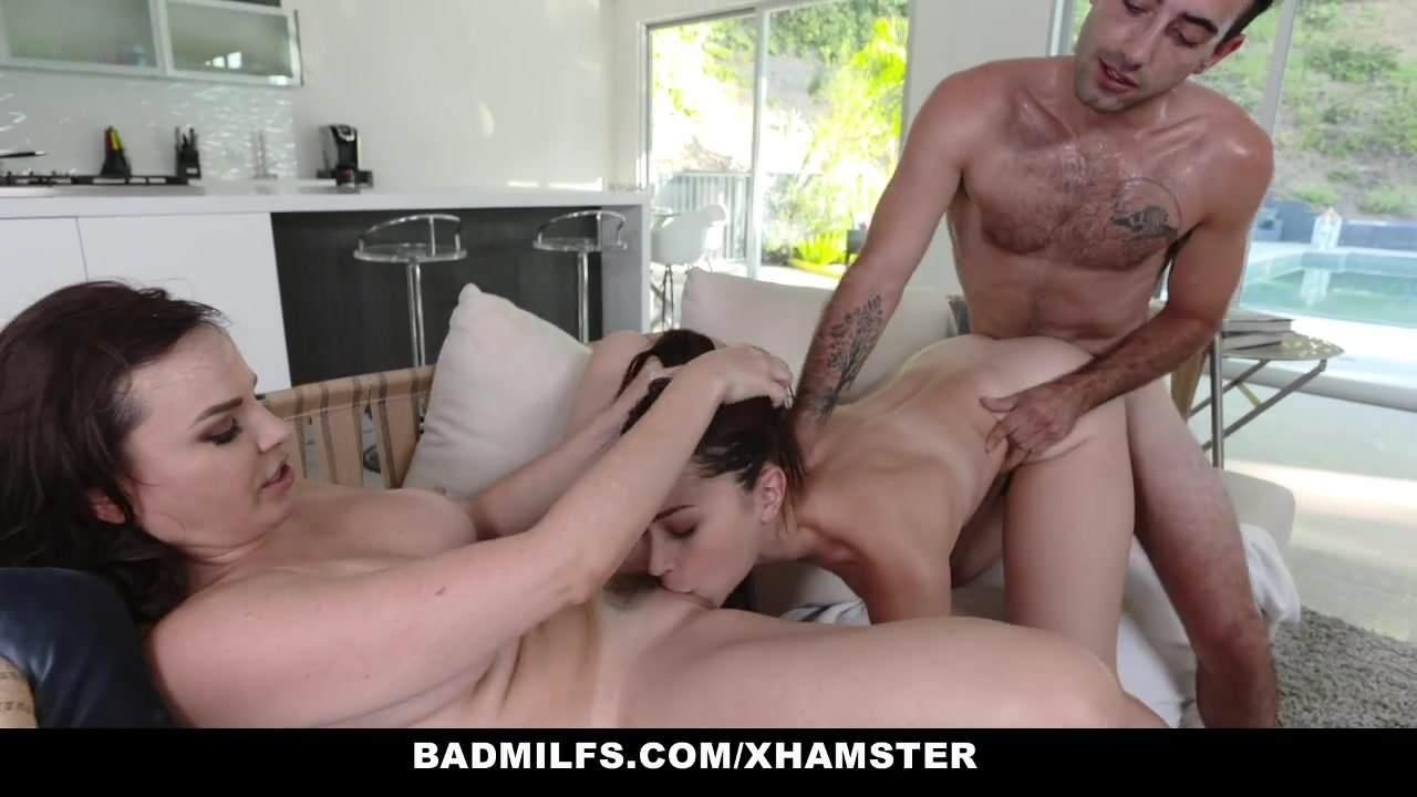 Two Hot Babes Got anal Sex
