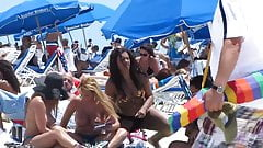 Latina on South Beach Wow