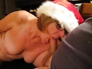 Neighbor's wife gives me Xmas blowjob.