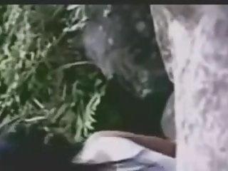 Download video bokep Ngentot di Tepi Sungai Mp4 terbaru