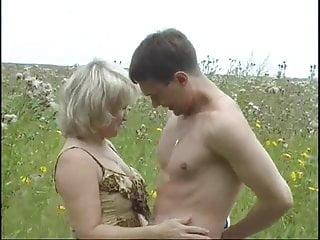 Virginia Russian Mature Outdoors 1