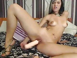 Hor beautiful girl using dildos - Czech girl using a huge dildo