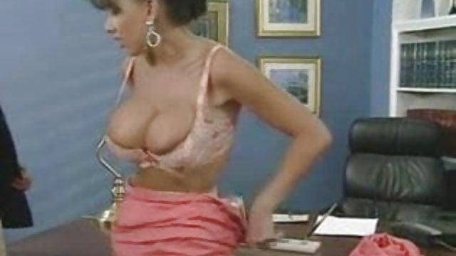 gwiazda porno Sarah Louise Young