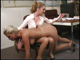 teasing my pantyhose slut blacknylons