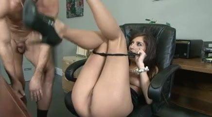 Amanda swisten and sung hi lee are nude_pic14080
