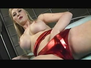 Gaping Blonde Michelle Is SO Sexy And HOT!