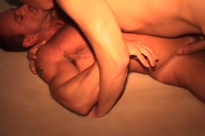 No Inform Motel Sizzling Hunk Orgy