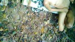 indonesia- anak MA jilbab hijab ngentot di hutan