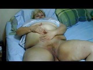 Amatuer mature oral cum legs - Wipe it, oral, poke, cum on my pie. 058