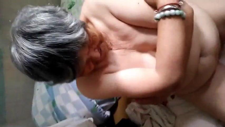 중국어 할머니 : 무료 새로 할머니 포르노 비디오 EB - xHamster ▶ 1 : 12