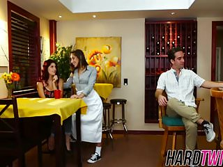 Gal bestfriends threesome hookup fuck in the coffee shop
