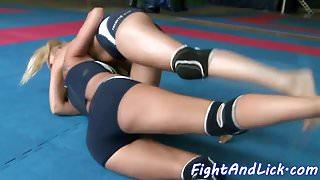 Oral loving lesbo babes enjoy wrestling