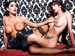 Jessica Jaymes and Randy Wright get together for a fuck fest