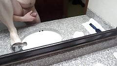 Jackin in hotel bathroom
