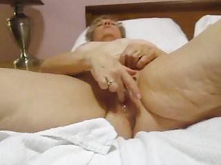 Aunt Sue anal queef during squirt