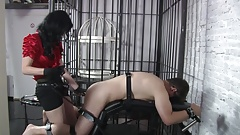Lady Blackdiamoond - The victim gets fucked.