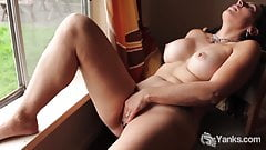 Yanks Jade Winters Cums in the