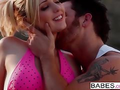 Babes - TAKE ME THERE Rylie Richman