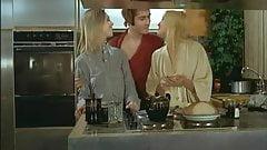Les Plaisir Fous (1977)'s Thumb