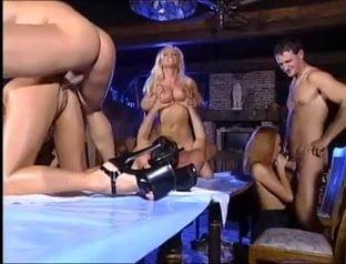 video-magicheskiy-parizh-nemetskoe-porno-zreloy