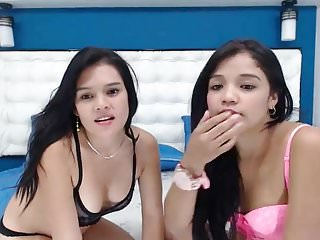 Download video bokep dos chicas se aman frente a la cam Mp4 terbaru
