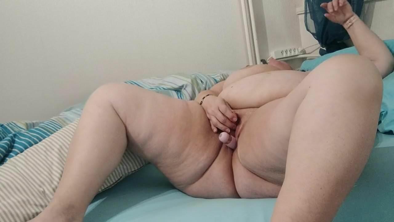 Bbw having orgasm tube 10