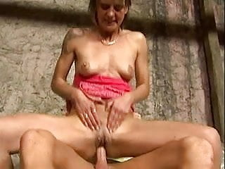 hot mom vs young cock