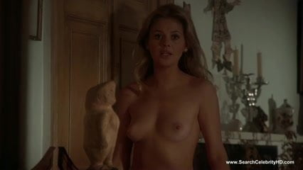 Celebrity Actress Elizabeth Hurley Topless And Sexy Movie Scenes