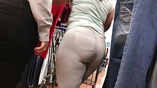 HUGE Hispanic Ass In White-Grey Jeggings (HD) 08-31-17