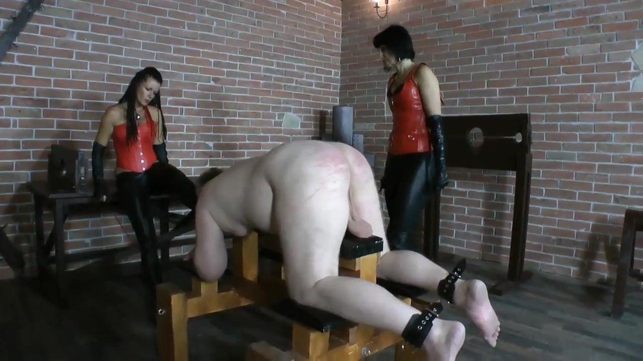 asian-femdom-whipping