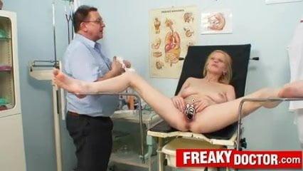 Chesty blonde Bella Karina dislikes odd gyno doctor exam