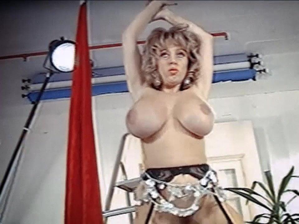 Lookout - Vintage Huge Tits Strip Dance Tease Free Porn 20-6097