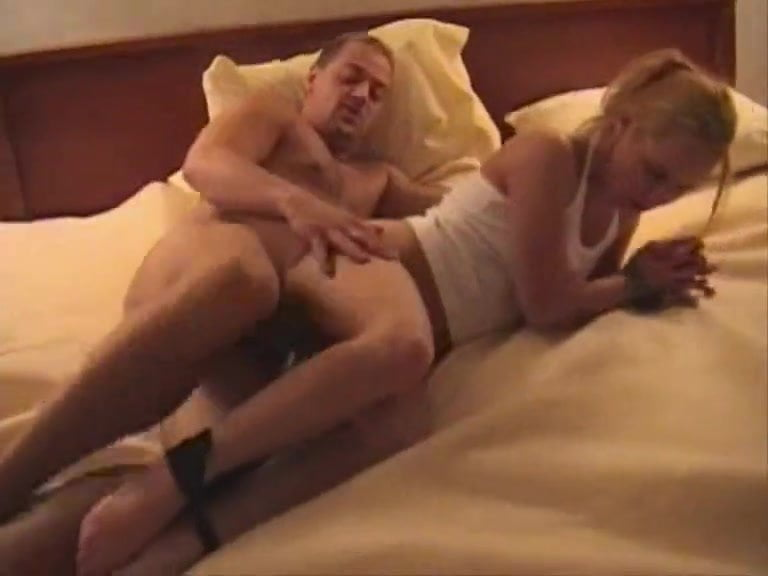 Porn galleries Peeing with family