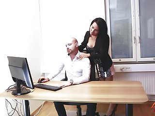 Preview 1 of Ladyboy Thippy - Office facial cum