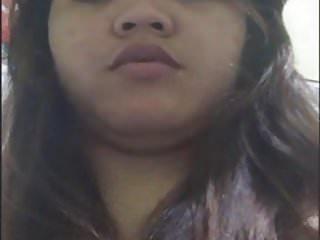 filipino chubby girl camsex in washroom bf -skpe-p1
