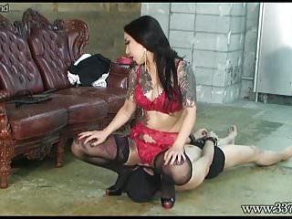 Japanese Dominatrix Youko Facesitting to Slave