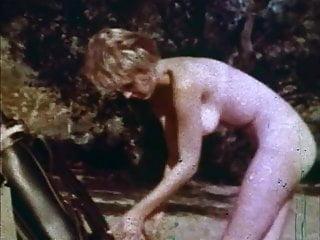 Nude in Dracula's Castle - Bonus Loops