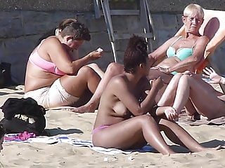 Cute Ebony Girl Topless Outdoors On UK Bournemouth Beach '16